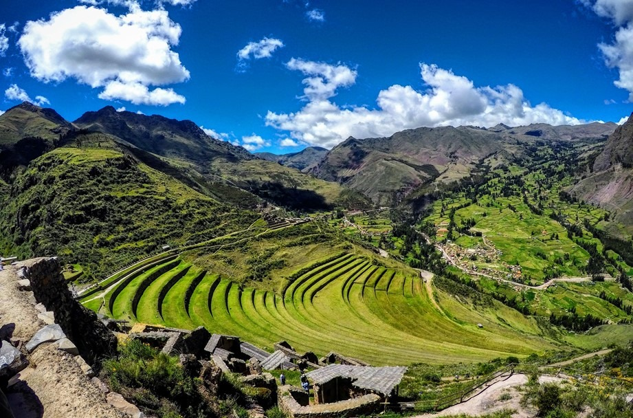 Sacred-valley-tour-with- moray-and-maras-salt-mines-pisac.